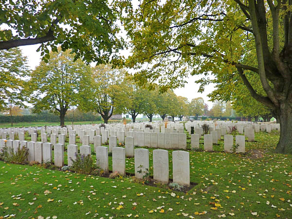 06 Essex Farm Cemetery