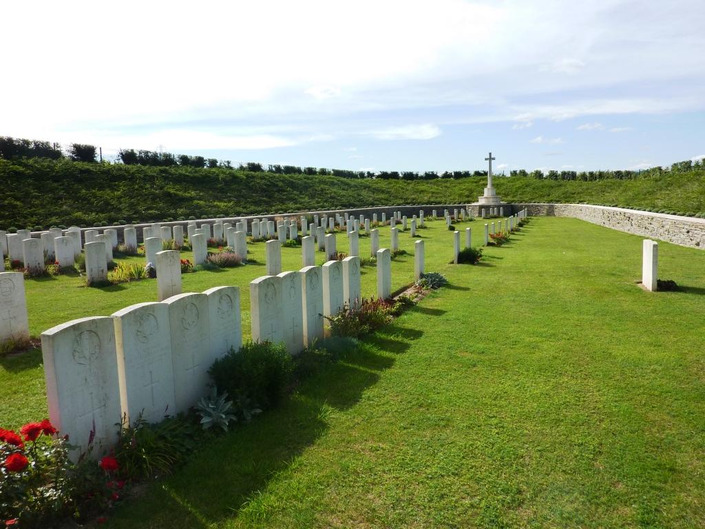 10 Quarry Cemetery, Vermelles Loos