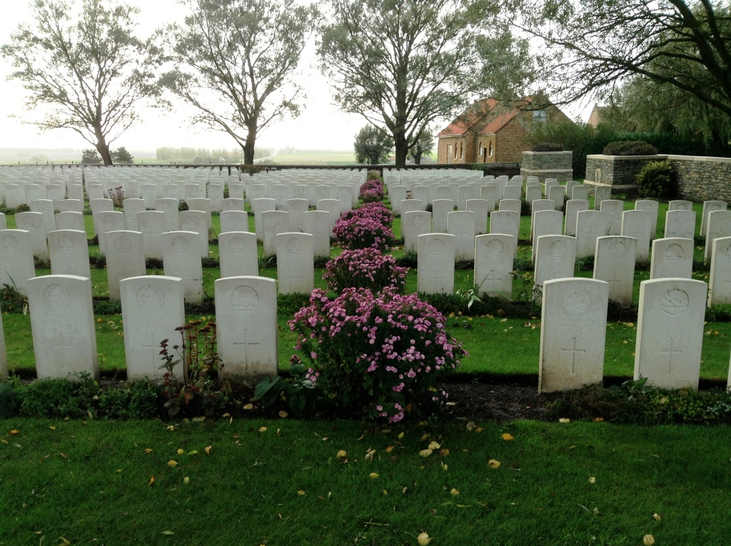 15 Messines Ridge Cemetery