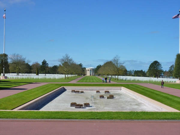 22 American Cemetery at St Laurent above Omaha Beach