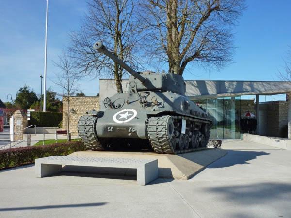 40 Sherman Tank