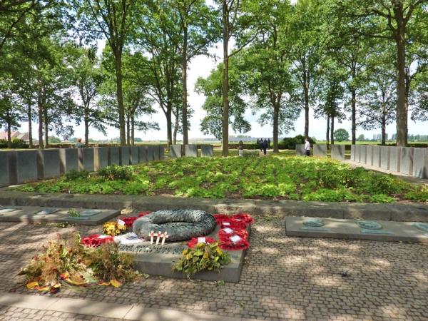 13 Burial pit Langemark Cemetery
