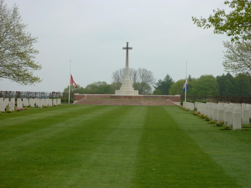 28. Groosebeek Canadian Cemetery