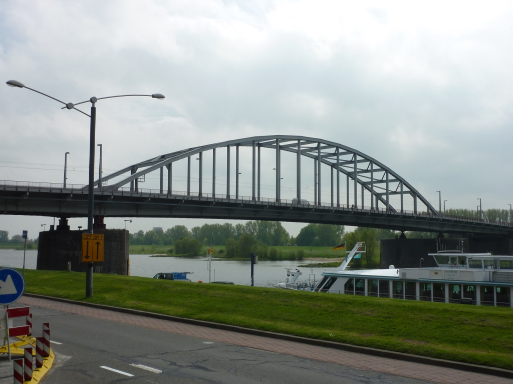 6. John Frost Bridge (2)