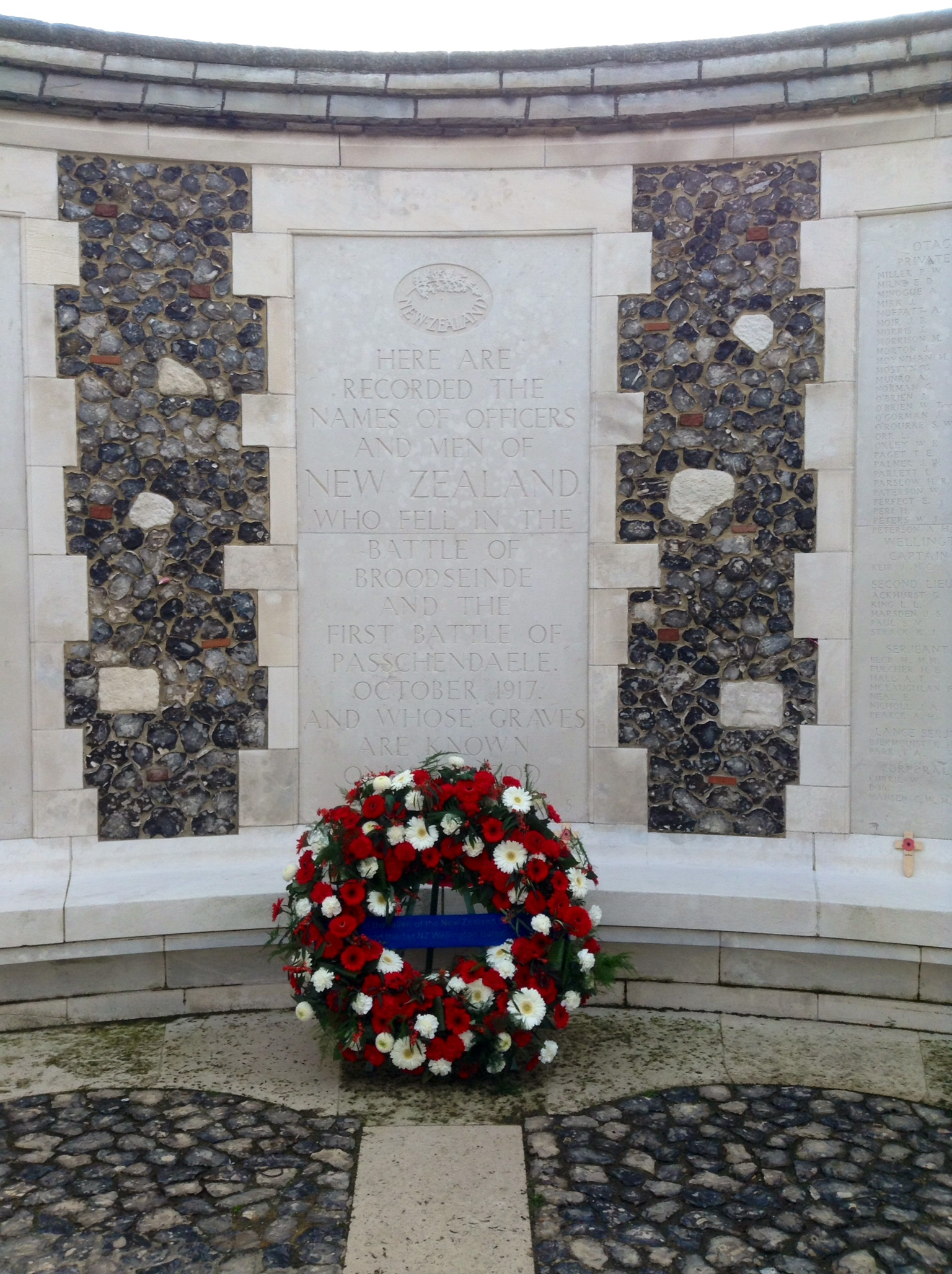 04 New Zealand Memorial at Tyne Cot