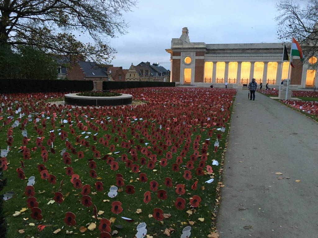 01 The eve of Armistice Day at the Menin Gate