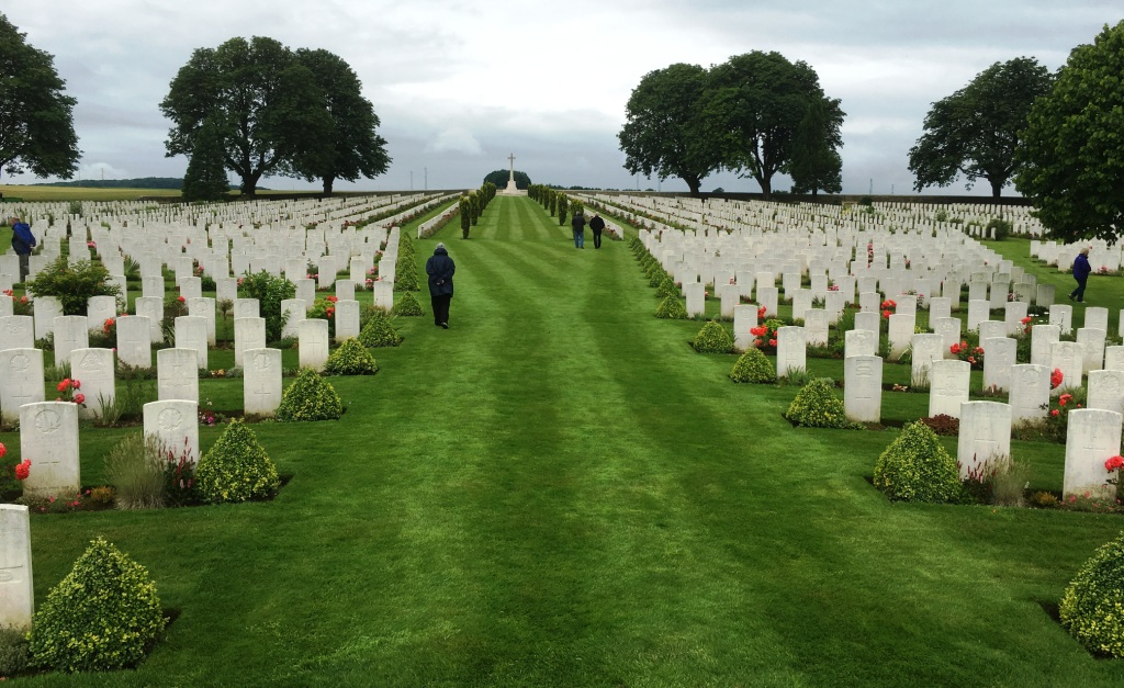 06a Cabaret Rouge Cemetery