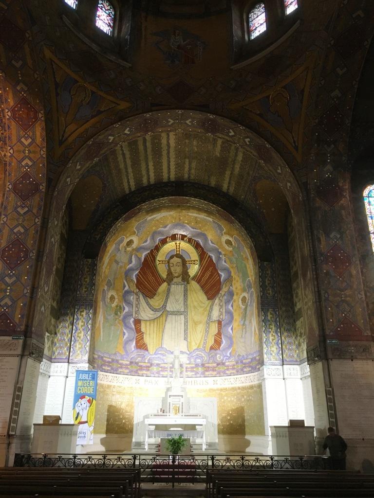 10 Inside the church at Notre Dame de Lorette