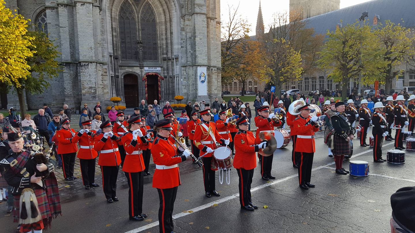 07-bands-playing-outside-st-martins-cathedral-ypres-on-armistice-day