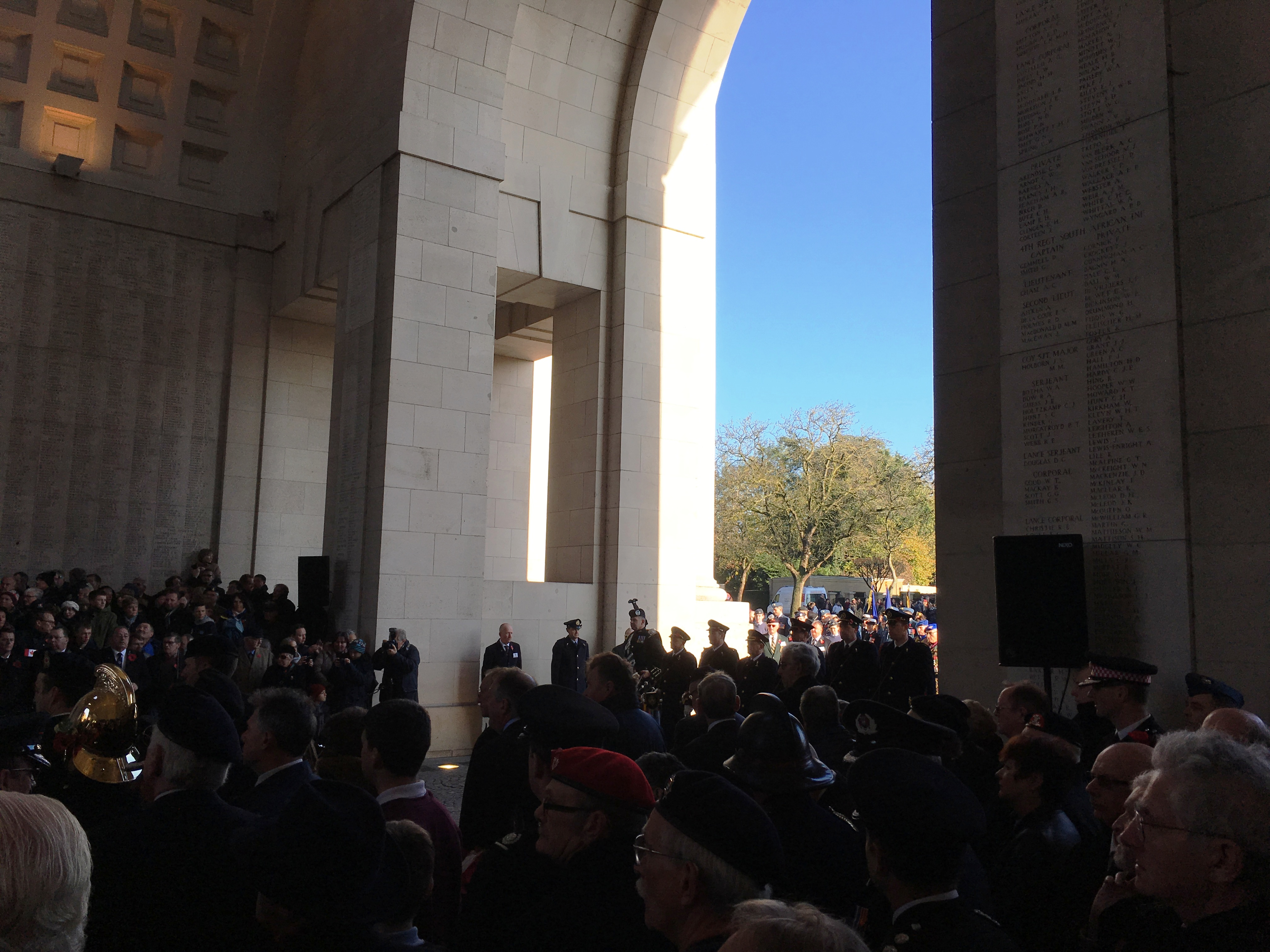 08-buglers-preparing-to-play-the-last-post-under-the-menin-gate-on-armistice-day