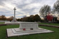 Hooge Crater Cemetery – 2018 Armistice Remembrance Day in Ypres