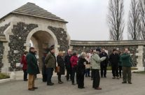 Tour party at the entrance to Tyne Cot Cemetery – Ypres Salient Battlefield Tour