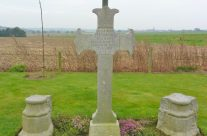 Major Willam Redmond's grave at Locre – Somme and Ypres Battlefield Tour