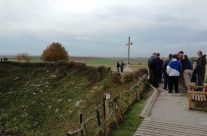 The cross at the rim of Lochnagar Crater – Somme and Ypres Battlefield Tour