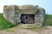 Longues-sur-Mer Gun Casement – Normandy and D-Day Landings Tours