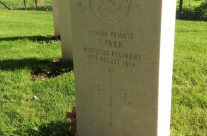 Grave of Private John Parr the first British soldier and the first soldier of the Commonwealth killed in World War 1 – Mons and Ypres Battlefield Tour