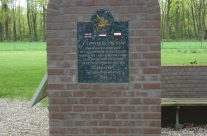Flowers in the Wind Memorial – Arnhem Battlefield Tour