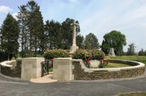 Hunters Cemetery at the Newfoundland Memorial Park – Etaples and Somme WW1 Battlefield Tour