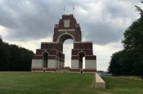 The Thiepval Memorial to the Missing – Etaples and Somme WW1 Battlefield Tour