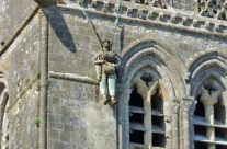 Effigy of John Steele hanging from Ste Mère Eglise Church – Normandy and D-Day Landings Tours